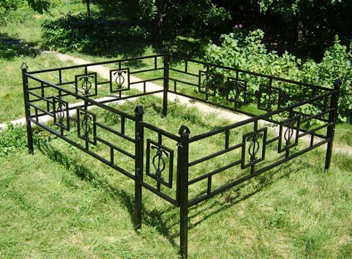 купить ограду на могилу установка