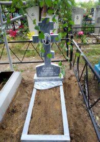 Памятник на могилу фото НР-39