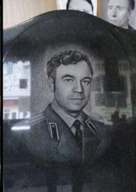 Памятник на могилу фото НР-32