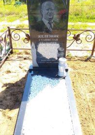 Памятник на могилу фото НР-40