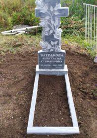 Памятник на могилу фото НР-28