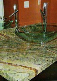 Столешница из натурального камня: мрамор